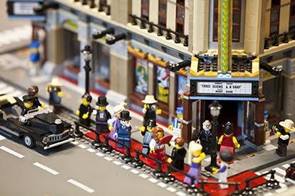City Lego®. La più grande città al mondo costruita con i Lego in mostra a Roma dall' 8 dicembre 2016 al 29 gennaio 2017 al Guido Reni District